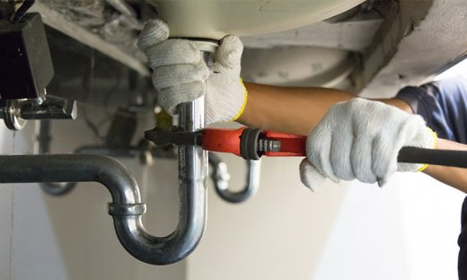What to check while hiring a plumber